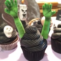 Sugar paste modeling. Black buttercream. Halloween Cupcake